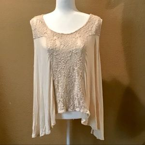 Living Doll Sleeveless Top w Lace Details Cream